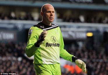 Brad Friedel believes Tottenham must capitalise on Chelsea's demise