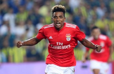 Fernandes close to joining Spurs