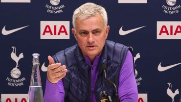 Tottenham Hotspur manager Jose Mourinho says his side are a pony in a title horse race