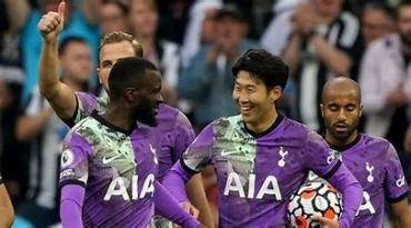 Ndombele produced one of his finest displays in a Spurs shirt says former Scotland midfielder